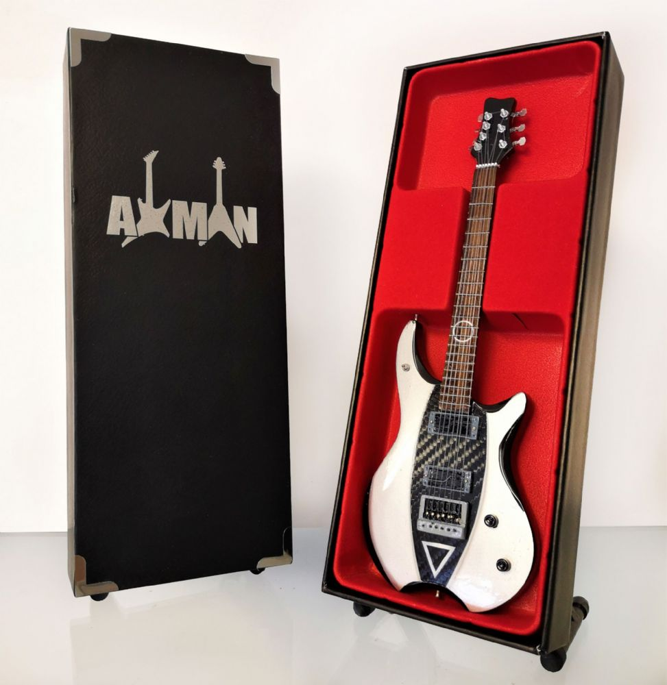 axman shop for mini guitars page 2. Black Bedroom Furniture Sets. Home Design Ideas